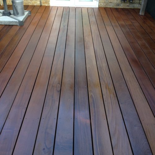 Garden deck protected with Deks Olje D1