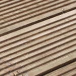 How to Get Rid of Ronseal Stain and Rejuvinate your Decking