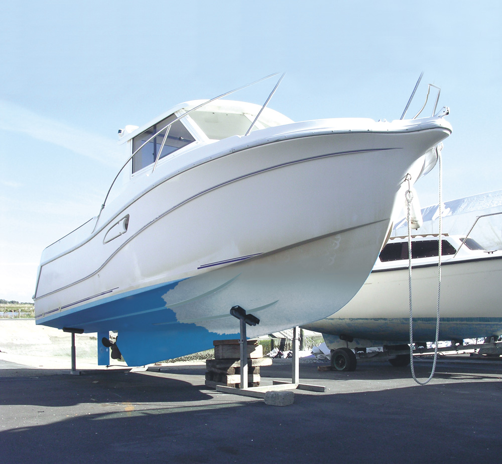 Dilunett applied to a boat gelcoat