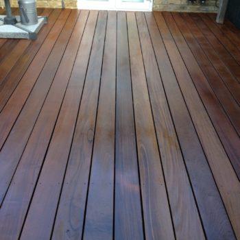Garden deck protected with Deks Olje D1