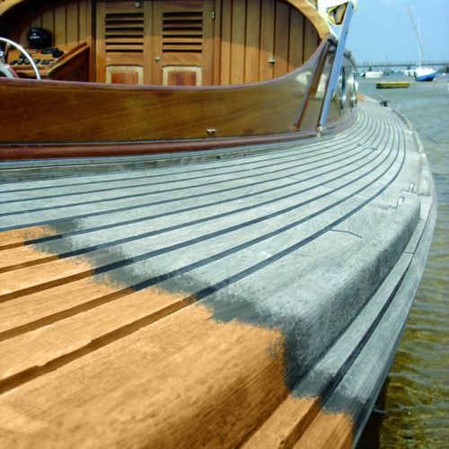 Before and after of Deck Cleaner on a boat's deck