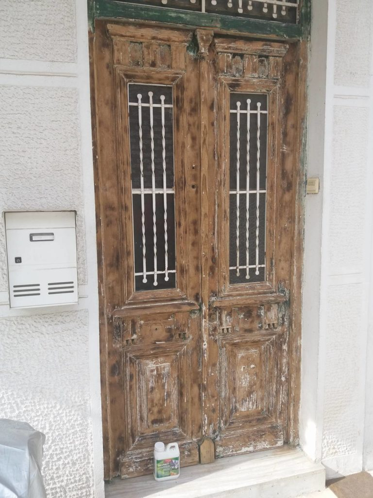 Door after being stripped with Dilunett