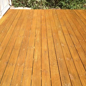 Reeded deck protected with Aquadecks