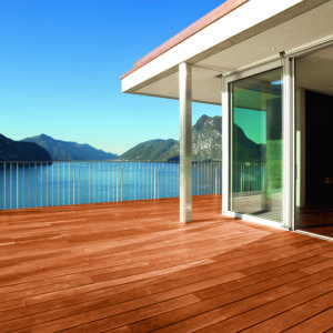 Deck finished in Aquadecks
