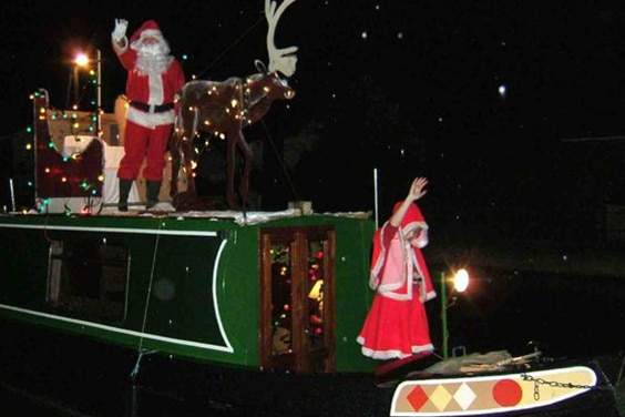 Santa Narrowboat cruises