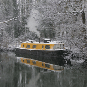 10 winter survival tips for living on a boat