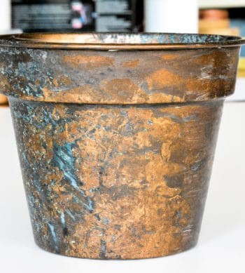 Plant pot finished with Rust Spirit