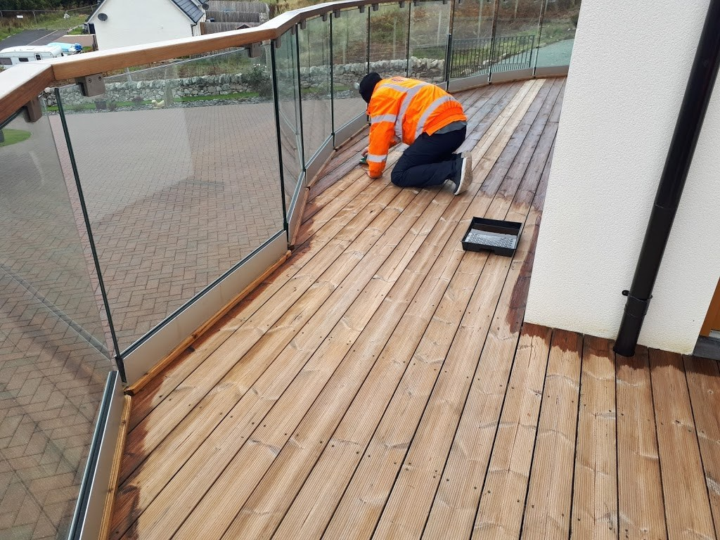 Application of Textrol to decking