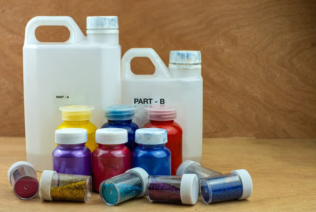 2 part epoxy resin system with pigments